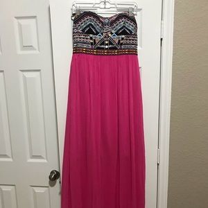 Embroidered strapless maxi size L(9-10)